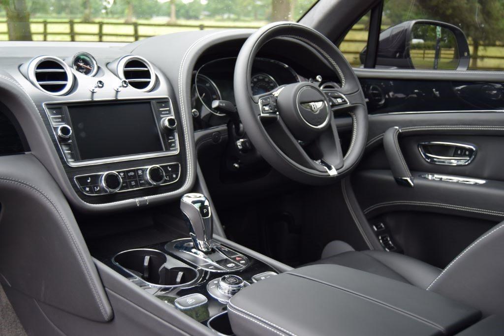 Onyx Concept Gtx 4x4 Bentley Bentayga V8 Bentaygaparts Com Luxury Styling For Bentley Bentayga
